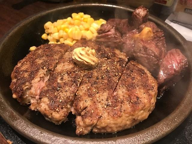 【画像】いきなりステーキ「ほいよ、これが激ウマアチアチハンバーグね」