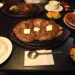 彡(^)(^)「1kgのステーキ?余裕ですやん!」